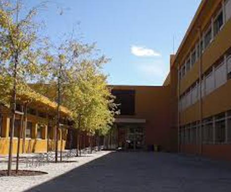 """Escola secundaria José Régio """"Vila do Conde"""""""